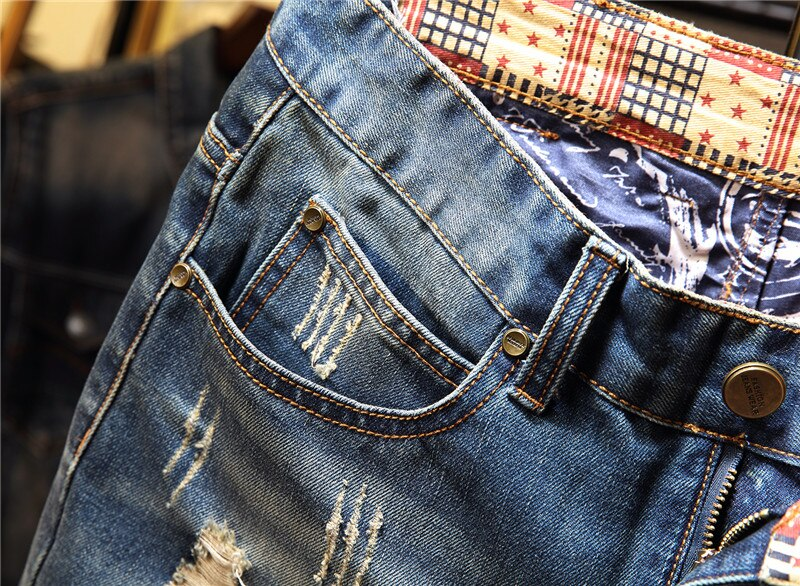 New Men vintage Ripped bermudas Jeans Short Summer Streetwear Hip hop male Casual Holes Straight Denim shorts Plus Size 40